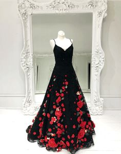 Black v neck lace long prom dress, black evening Strapless Prom Dresses, Long Prom Gowns, A Line Prom Dresses, Cheap Bridesmaid Dresses, Black Evening Dresses, Black Prom Dresses, Dress Black, Gorgeous Prom Dresses, Fabulous Dresses
