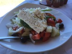 Greek salad at Boukari Beach, Corfu. Review is on the blog, link in the bio
