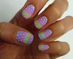 How adorable is this Easter mani??