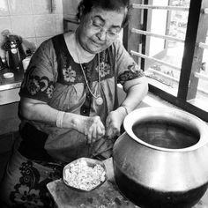 Amanda Fernandez Photography ©  #amandafernandezphotography #India #Kerela #grandmother