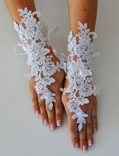 FREE SHIPPIN Wedding Glove, white lace gloves, Fingerless Glove, UNIQUE Bridal glove, wedding bride, bridal gloves, stony gloves on Etsy, $39.00