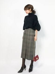 ファッション ファッション in 2020 Smart Casual Outfit, Casual Work Outfits, Work Casual, Long Skirt Fashion, Modest Fashion, Fashion Outfits, Fashion Bags, Fashion Fashion, School Fashion