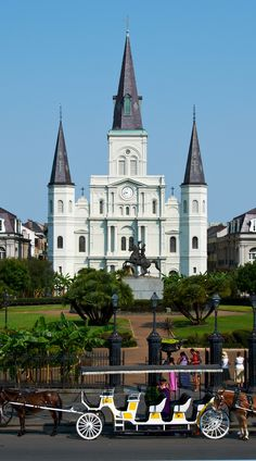 St. Louis Cathedral. New Orleans, Louisiana.   http://www.tauck.com/tours/usa-tours/southern-usa-travel/tour-new-orleans-nn-2016.aspx