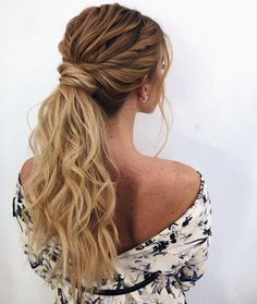 ponytail hairstyles No fuss updo! No need to go all out this Valentine's Day and do some crazy-complicated hairstyle. these gorgeous ponytail hairstyles are also perfect. Loose Hairstyles, Formal Hairstyles, Wedding Hairstyles, Daily Hairstyles, Wedding Hair And Makeup, Bridal Hair, Hair Wedding, Boho Wedding, Hair Makeup