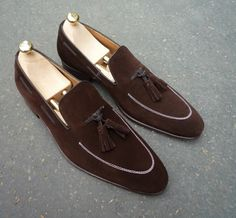 Chocolate suede #mode #style #fashion #lifestyle #fastlife #goodlife #gentleman #luxury #loafers #shoes