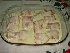 A caixa do tempo: Frango enrolado com bacon com molho de maionese e mostarda