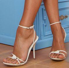 Feet & Shoes