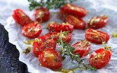 Semidried cherrytomater