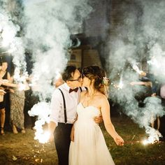 Sparklers or smoke bombs? Naomi & Wilson's wedding was one of a kind. The amount of personal details sprinkled throughout the day made it so special. #idu #alipaulco by alipaulco http://ift.tt/1JFJPzL