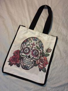 Bag Lagartixxa skull 3, 42X35cm, em suede e sarja, impressão sublimática.