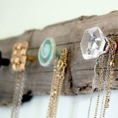 Easy to make at home jewelry hanging board! Such a great idea and so easy to customize to your own style. I love this because it is so handy and doubles as a great piece of wall art!