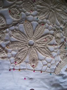 Outstanding Crochet: Irish Crochet. Free video lessons on Youtube from Victoria Isakina