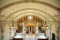 Alamo Texas Feel In This Gorgeous Traditional Chapel Wedding  Sophisticated Indoor Reception