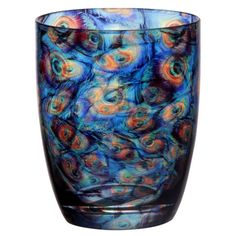 Crafted of glass with an artful peacock-inspired design, this chic double old fashioned glass adds a touch of natural appeal to your dining table or home bar...