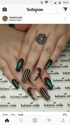 nails - Dark green and black stripes nail design Striped Nail Designs, Striped Nails, Cool Nail Designs, Acrylic Nail Designs, Nail Stripes, Green Nail Designs, Acurlic Nails, Swag Nails, Cute Nails