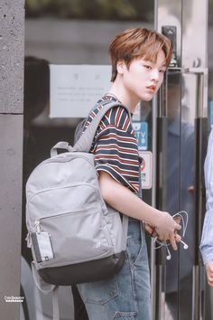My Goal In Life, All About Kpop, Little Brothers, K Pop Music, My True Love, Having A Crush, Herschel Heritage Backpack, Tv Videos, Boyfriend Material