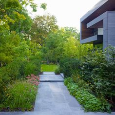 Diseño de Interiores & Arquitectura: Casa Contemporánea con Hermoso Jardín…