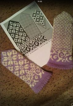 Надежда Глоба(Черепанова) - Схемы варежек | OK.RU Mittens Pattern, Knit Mittens, Knitted Gloves, Knitting Charts, Hand Knitting, Knitting Patterns, Fair Isle Knitting, Knitting Needles, Knit Crochet