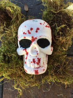 Your place to buy and sell all things handmade Skull Bath Bomb, Bath Bomb Recipes, Bath Fizzies, Bath Bombs, Dandy, Bath And Body, Blood, Horror, Soaps