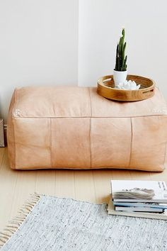 Leather Furniture - The Most Popular Home Trends For 2018, According To Pinterest - Photos