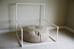 Newborn Photography Stand by kklemann on Etsy, $60.00
