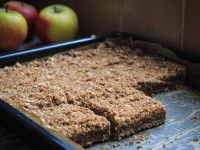 Apple plate cake with oatmeal - Sweet recipes - Dessert Recipes Baking Recipes, Cake Recipes, Dessert Recipes, Pie Dessert, Healthy Sweets, Healthy Baking, Healthy Food, Happy Foods, No Bake Cake