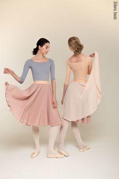 Ballet clothes by Zidans. Leotards, ballet skirts, warm-ups. Ballet Wear, Ballet Class, Ballet Dance, Ballet Leotards, Ballet Style, Sporty Outfits, Modest Outfits, Ballet Clothes, Rehearsal Dress