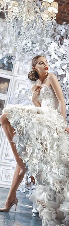 Happy September, Simply Beautiful, Unique Fashion, No Frills, Beautiful Pictures, Wedding Day, Tulle, Flower Girl Dresses, Vip Group