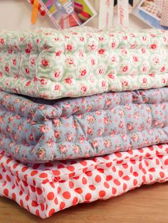 Make Your Own Floor Pillows - Reasons To Skip The Housework #Home-Decor