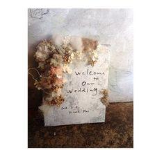 ウェルカムボード Floral Wedding, Diy Wedding, Wedding Flowers, Dried Flower Wreaths, Dried Flowers, Wedding Images, Wedding Designs, Wedding Welcome Board, Industrial Wedding Inspiration
