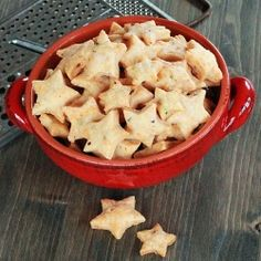 These savory asiago cheese crackers would be the hit of any party - or a fun after school snack!