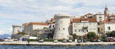 Een bezoek aan Korčula in Kroatië mag je zeker niet overslaan. Het is één van de mooiste eilanden van Kroatië. Je kunt in Korčula komen vanuit Dubrovnik en Split. Bekijk alle tips.