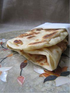 La cuisine d'ici et d'ISCA: Cheese naan