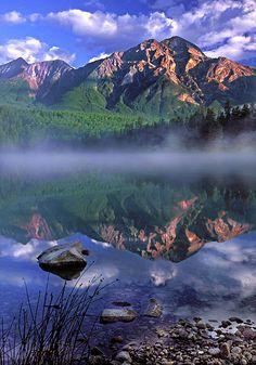 Patricia Lake Banff Canada