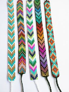 Native American Loom Beading Patterns Free Non Friendship Bracelets With Beads, Bead Loom Bracelets, Beaded Bracelet Patterns, Beaded Jewelry, Handmade Jewelry, Chevron Bracelet, String Bracelets, Jewellery, Bead Loom Designs