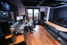 AKA Design supplies modern & stylish custom designed & built studio furniture and desks for editing, post, broadcast and media studios worldwide. Recording Studio Home, Home Studio, Editing Suite, Audio Room, Studio Furniture, Sound Proofing, Custom Design, Windows, Flooring
