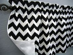 Black and White Chevron Zig Zag Valance by CornerStitchBoutique Chevron Valance, New Living Room, Classroom Decor, Zig Zag, Teal, Black And White, Trending Outfits, Unique Jewelry, Handmade Gifts