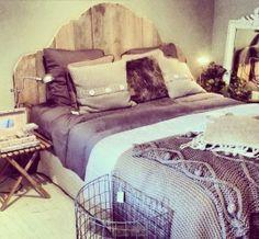 Gaaf Tweepersoonsbed SAM Ook alleen het hoofdbord verkrijgbaar! #steigerhout #tweepersoonsbed #slaapkamer