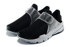 on sale b9ce1 51013 Girl WMNS Nike Sock Dart Fragment Design X Oreo Black White Sock Dart,  White Nike