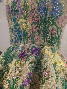 Couture Details, Fashion Details, Fashion Design, Fashion Tips, Couture Embroidery, Embroidery Fashion, Vintage Outfits, Vintage Fashion, Christian Dior Couture