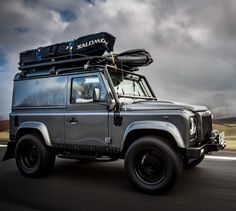 Live life to the max… Want to read more about our surf trip to Scotland? *link in bio* Image: @weare8seconds #Lifestyle #Style #TwistedDefender #Defender #LandRover #LandRoverDefender #Blog #DefenderRedefined #AntiOrdinary #Redefined #Handmade #Handcrafted