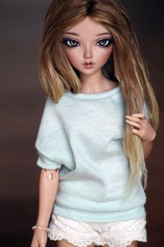 Beautiful tan Minifee Chloe