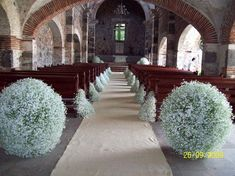Risultati immagini per como se adorna una iglesia con nube Gypsophila Wedding, Wedding Bouquets, Wedding Arrangements, Floral Arrangements, Church Wedding, Rustic Wedding, Wedding Ceremony, Wedding Ideas, Floral Wedding