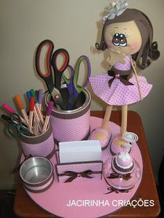 So usefull and pretty. Kids Crafts, Foam Crafts, Diy And Crafts, Arts And Crafts, Paper Crafts, Box Surprise, Pen Toppers, Sewing Projects, Projects To Try