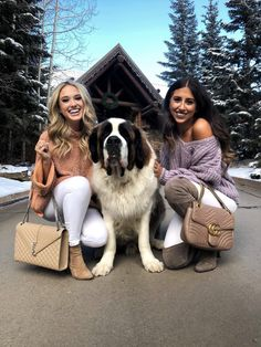 I wanted to share with yall the cute these Snowy White in Colorado photos. Seriously had such a fun time in Colorado at Bachelor Gulch. Avon Colorado, Colorado Trip, Colorado Springs, Fall Winter Outfits, Autumn Winter Fashion, Best Friend Goals, Travel Memories, Classy And Fabulous, Cuddling