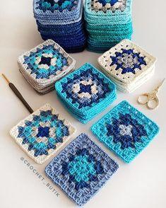 """5,476 Beğenme, 131 Yorum - Instagram'da @crochet_butik: """"Yine bir gün paylaşım yaparken.. Kızım gördü.. Aaa anneeee!..😳 Ne oldu dedim ayol😶 Sen kendi fotonu…"""" Crochet Square Blanket, Baby Afghan Crochet, Granny Square Crochet Pattern, Crochet Pillow, Crochet Squares, Crochet Blanket Patterns, Crochet Granny, Crochet Yarn, Knitting Patterns"""