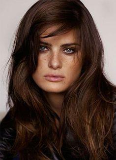 un balayage sur des cheveux chocolat #coloration #chocolat #cheveux