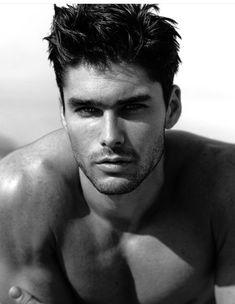 Pics of Men Beautiful Men Faces, Most Beautiful Man, Gorgeous Men, Male Face, Male Body, Charlie Matthews, Latin Men, Portraits, Attractive People