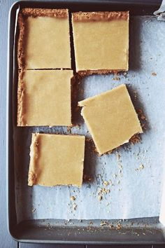 Ginger and Coconut Crunch Slice Very yummy but BAD. used plain flour and extra oats instead of oat flour Köstliche Desserts, Delicious Desserts, Dessert Recipes, Yummy Food, Baking Recipes, Cookie Recipes, Coconut Slice, How Sweet Eats, Dessert Bars