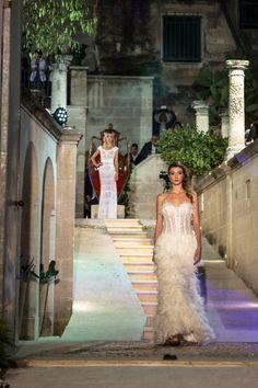c3d1e8d1b3be 7 immagini incredibili di Abiti da Sposa Diamond Couture
